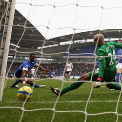 BOLTON, ENGLAND - JANUARY 26: Sylvain Distin and Tim Howard of Everton can only look on as the shot by Marvin Sordell of Bolton Wanderers goes into the back of the net during the FA Cup with Budweiser Fourth Round match between Bolton Wanderers and Everto