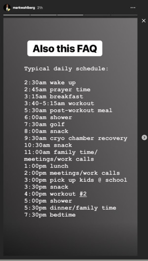 Image of Mark Wahlberg's daily schedule, including a shower, meals, cryo chamber, golf, family time, and a 7:30 p.m. bedtime