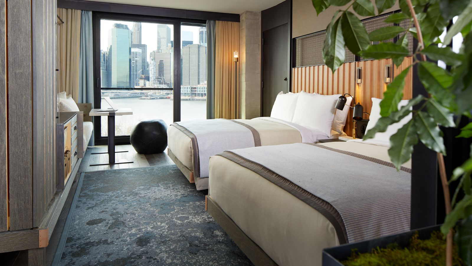 First Look Inside Brooklyn Bridge Park S Debated 1 Hotel