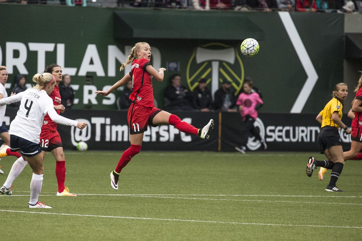 Dagny Brynjarsdottir scored the equalizer for a second-straight match for Portland Thorns FC as the Rose City club ran out 2-1 winners over Sky Blue FC Saturday night.