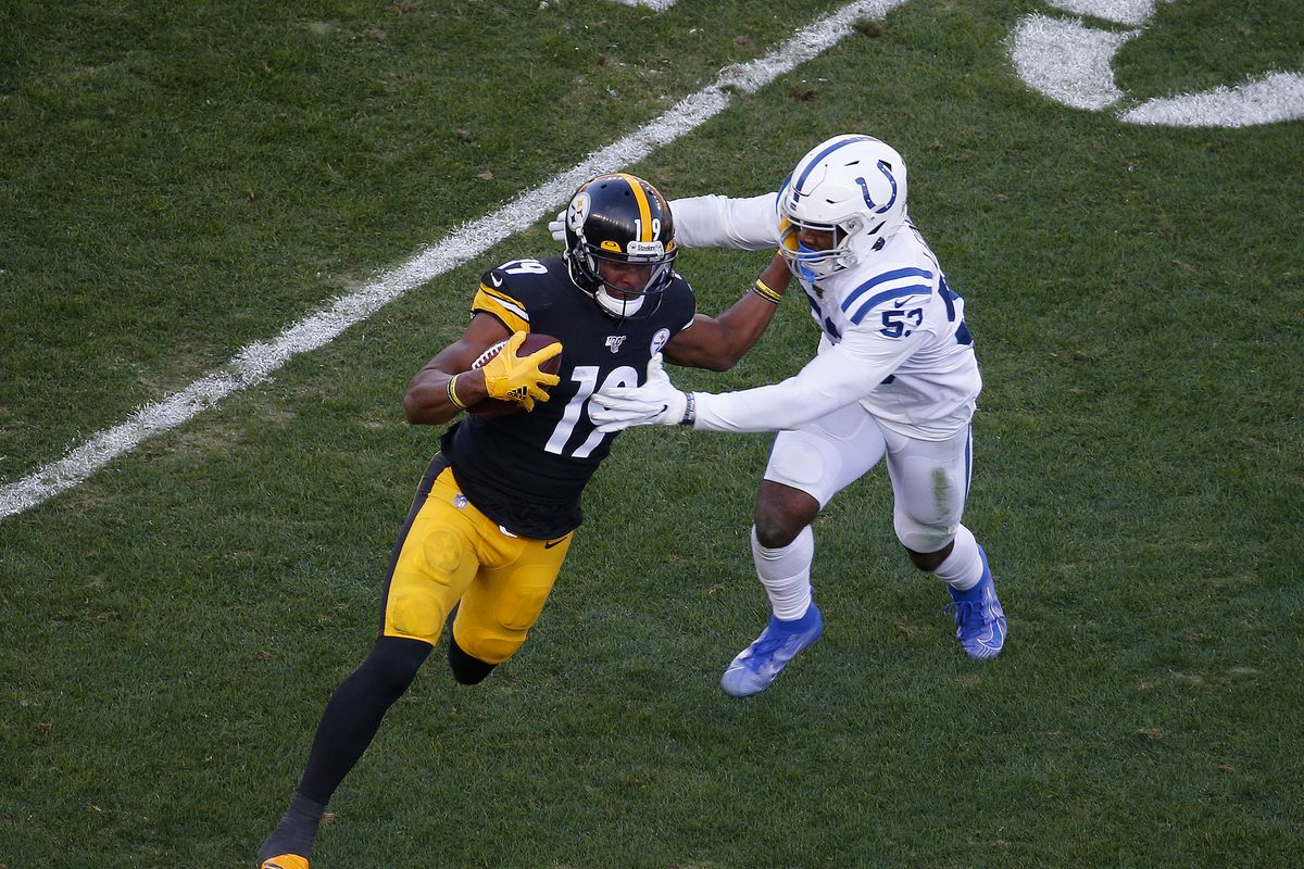 JuJu Smith-Schuster of the Pittsburgh Steelers in action against the Indianapolis Colts on November 3, 2019 at Heinz Field in Pittsburgh, Pennsylvania.