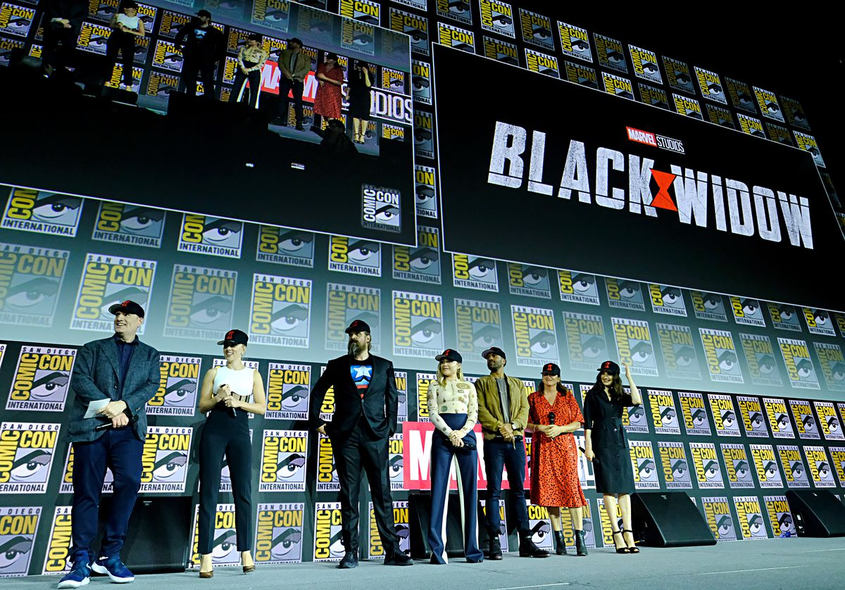 cast of black widow at comic-con 2019