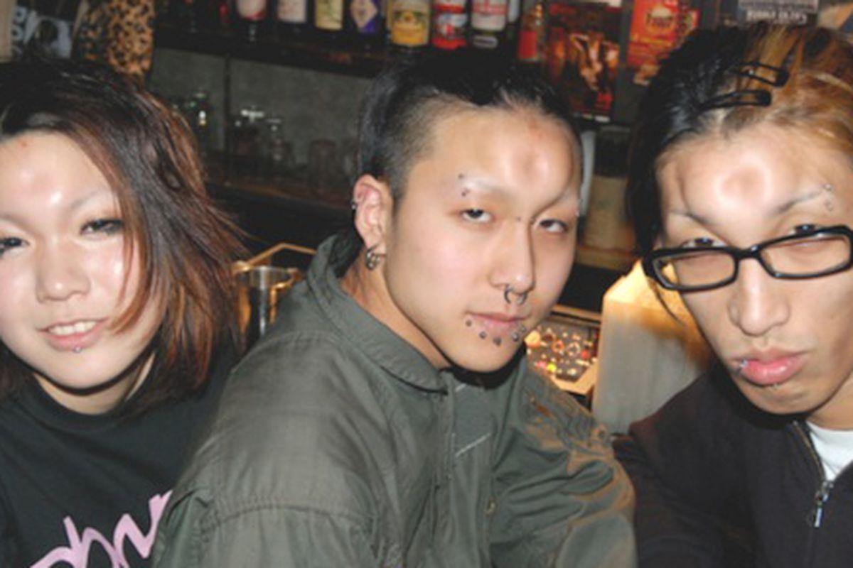 "Bagelheaders, via <a href=""http://www.vice.com/en_uk/read/japanese-bagelheads-wtf"">Vice</a>"