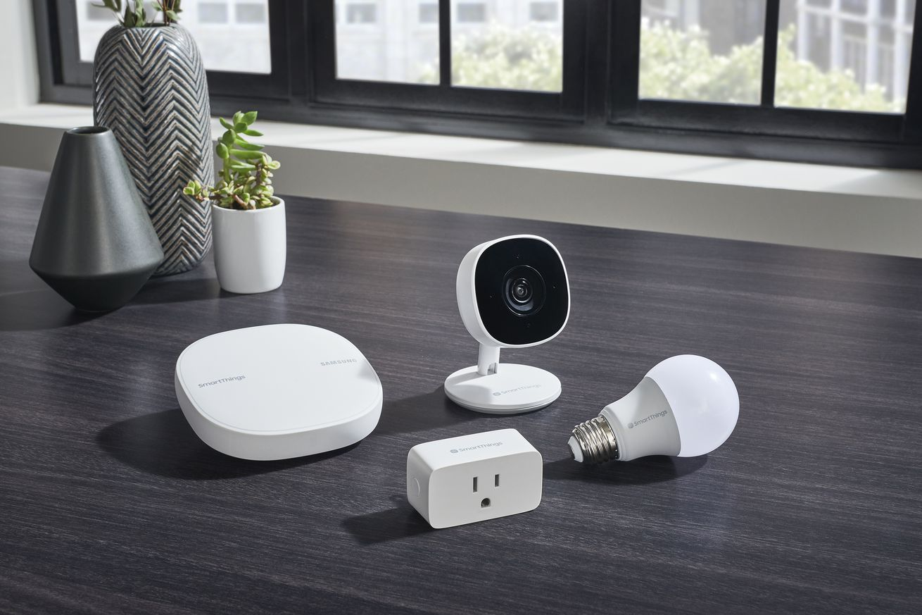 samsung launches new smartthings camera smart plug and light bulb