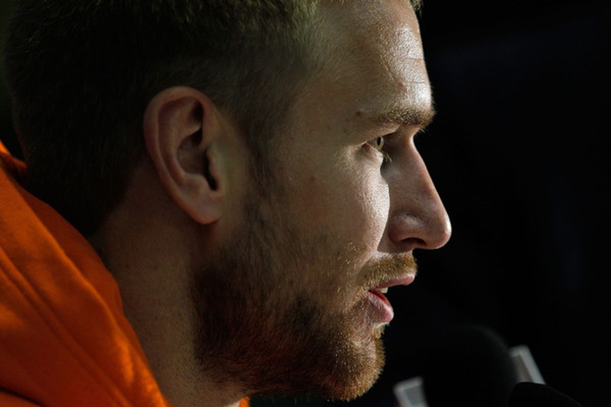 CHICAGO - MAY 27: Jeff Carter of the Philadelphia Flyers talks with reporters during Stanley Cup media day at the United Center on May 27, 2010 in Chicago, Illinois. (Photo by Jonathan Daniel/Getty Images)