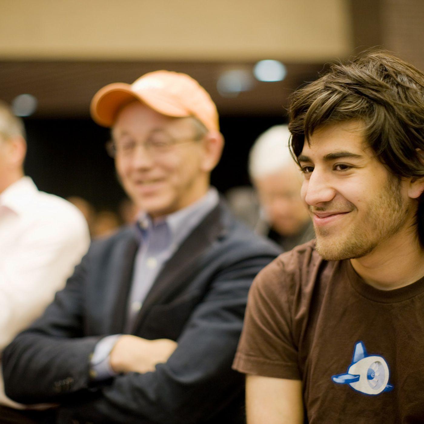 Hacker and Reddit co-founder Aaron Swartz dies - The Verge
