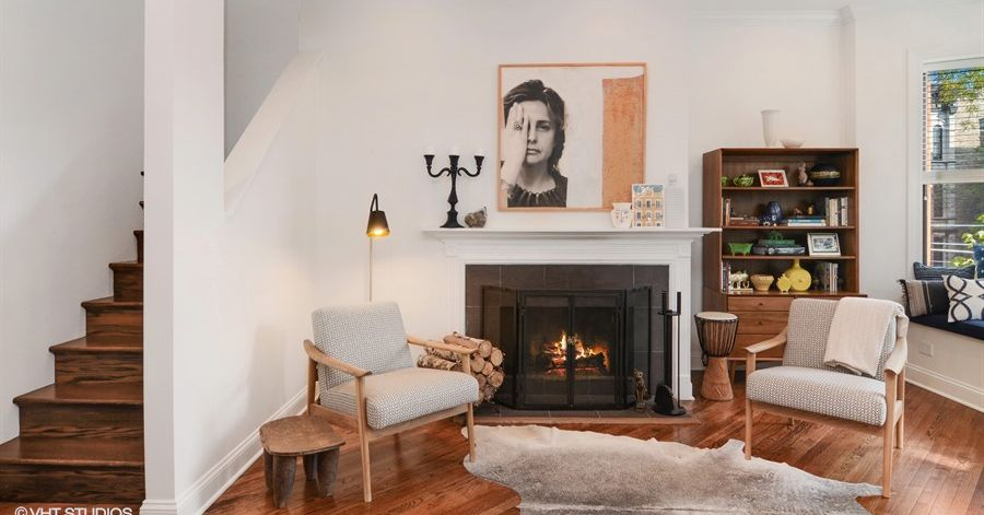 Need more space? This Lincoln Park duplex has it for $725K