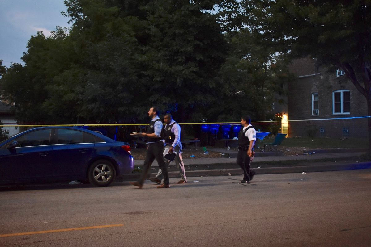 3 wounded in Humboldt Park shooting
