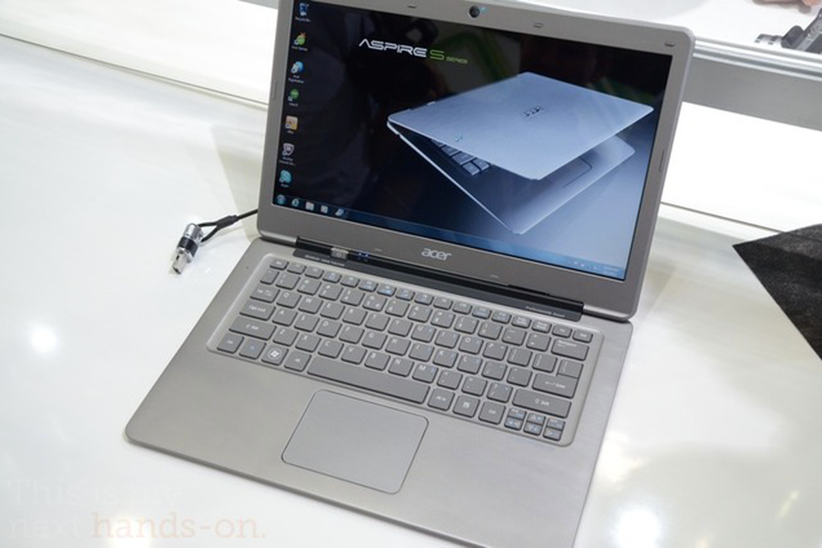 "via <a href=""http://dl.dropbox.com/u/118445/Acer-Ivy-Bridge.png"">dl.dropbox.com</a>"