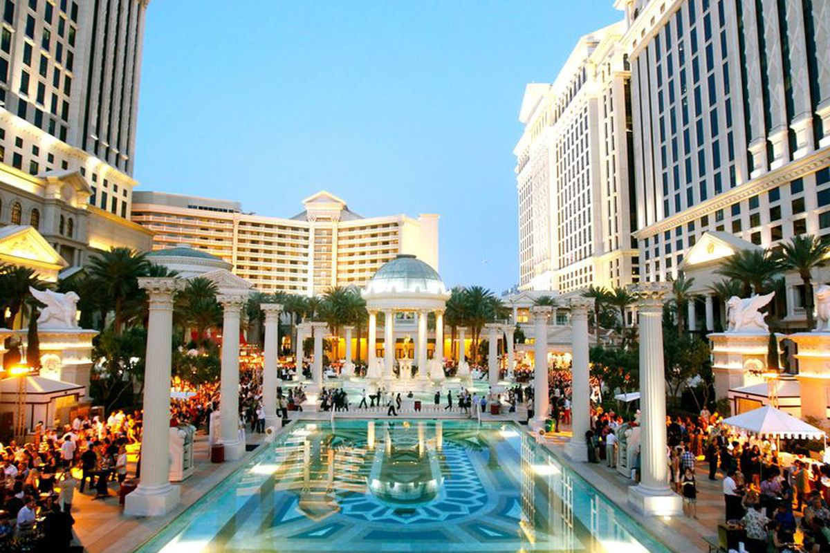 The Vegas Uncork'd Grand Tasting at the Garden of the Gods