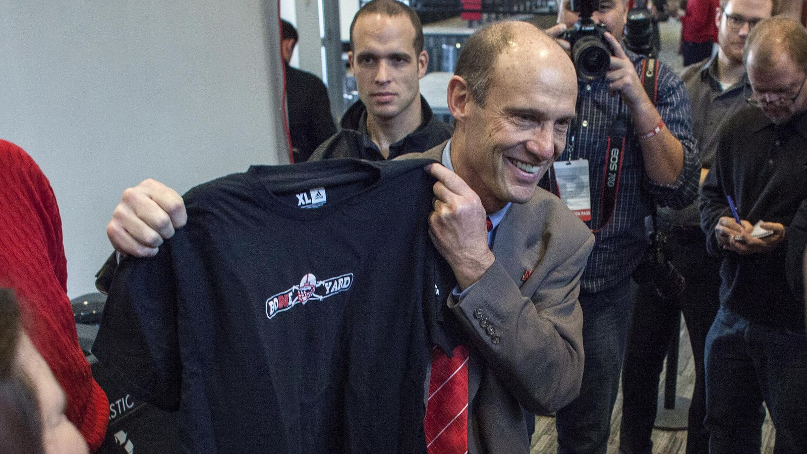 Mike Riley Intends to Retain At Least One Pelini Assistant ...