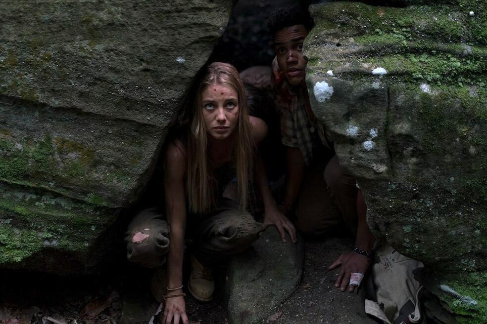Charlotte Vega et Adain Bradley dans le redémarrage du mauvais virage de Mike P. Nelson.