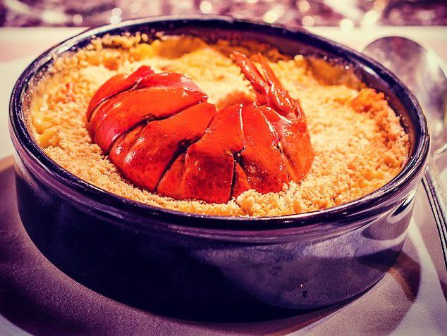 lobster mac 'n' cheese at Bob Bob Ricard, one of London's iconic restaurant dishes