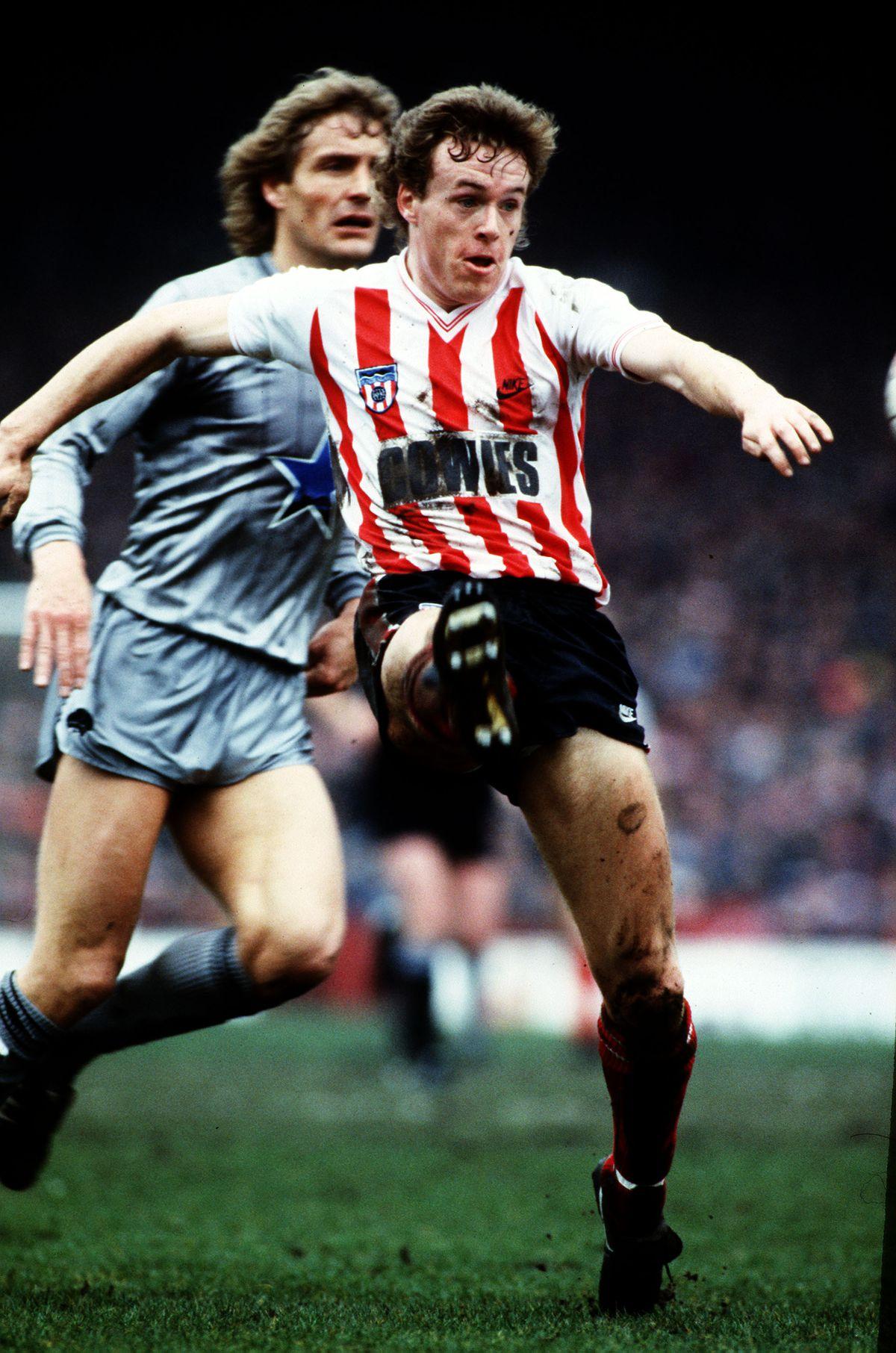 Sport, Football, pic: 8th April 1985, Division 1, Sunderland 0 v Newcastle United 0, Steve Berry, Sunderland