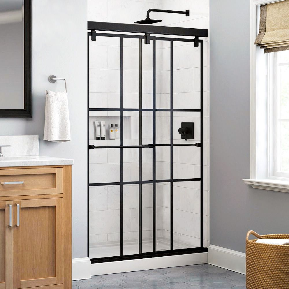 Windowpaned shower door