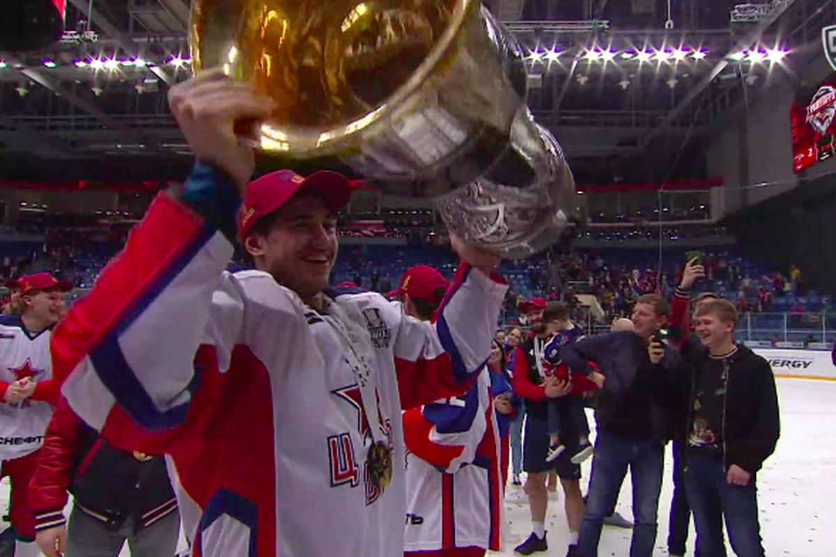Alexander Romanov wins the Gagarin Cup with CSKA