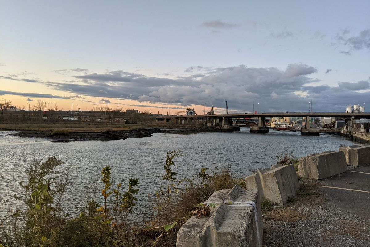 Developers and City Hall have big plans for Flushing Creek in Queens, Nov. 17, 2020.