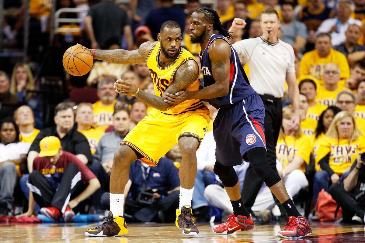 LeBron James and DeMarre Carroll (GettyImages)