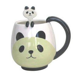 "Panda mug with panda spoon, <a href=""http://www.amazon.com/Panda-Fancy-Mug-Cup-Spoon/dp/B005BZ47O4/ref=sr_1_1?ie=UTF8&qid=1389891586&sr=8-1&keywords=panda+mug"">$39.95</a>"