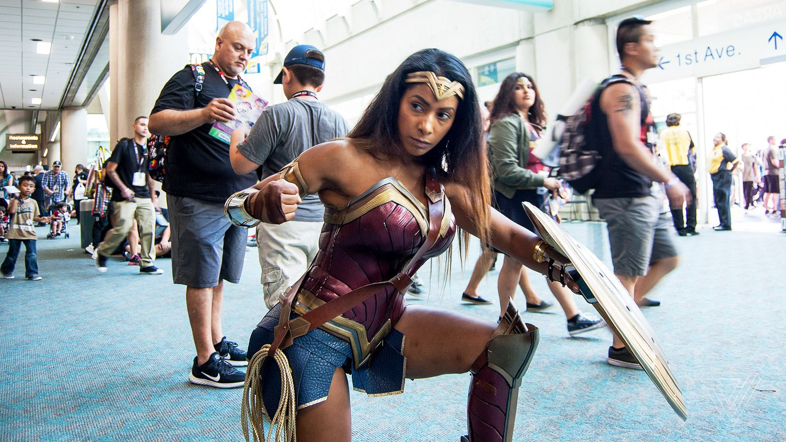 The Popularity Of Wonder Woman Cosplay At Comic-Con Is A -7491