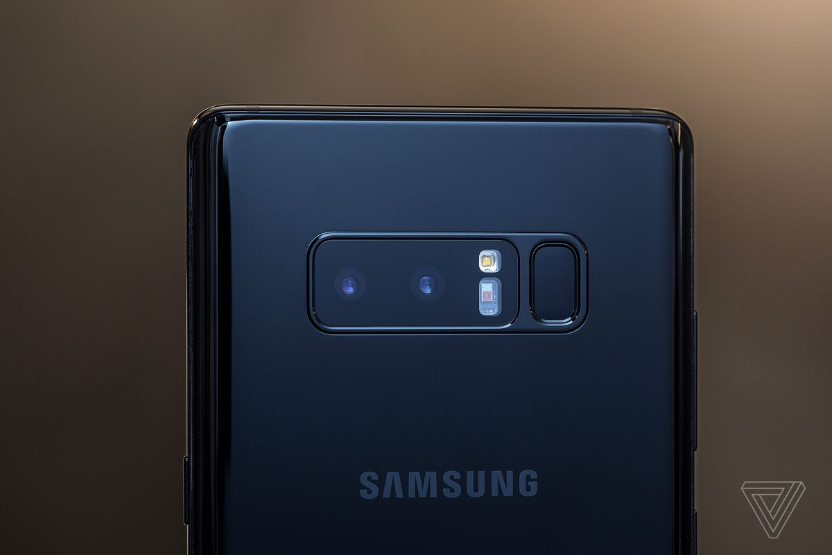 But I Can Weigh In On The Note 8s Other Standout Feature New Dual Camera Notes Two 12 Megapixel Setup Is A First For Samsung