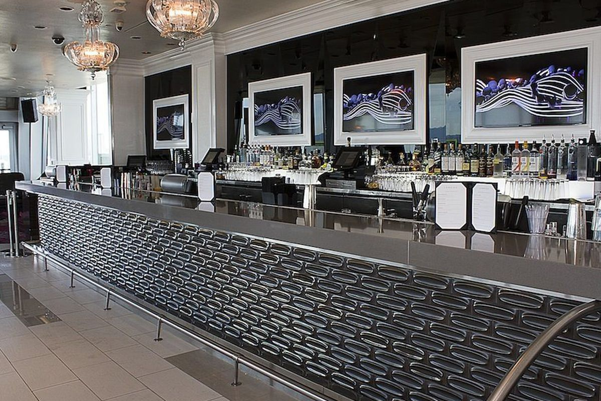"""<a href=""""http://vegas.eater.com/archives/2013/08/21/behold-the-wily-feminine-ways-of-the-revamped-ghostbar.php"""">Ghostbar, Las Vegas</a>"""