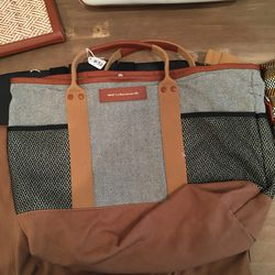 Shoulder bag, $135