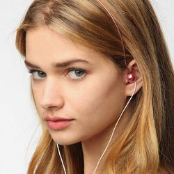 """<span class=""""credit""""><b>Urban Outfitters</b> Micro Gem Headphones, <a href=""""http://www.urbanoutfitters.com/urban/catalog/productdetail.jsp?id=26272278&parentid=SEARCH+RESULTS"""">$28</a></span><p>"""