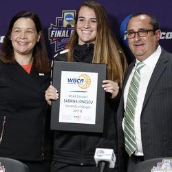 2018 WBCA All-American Sabrina Ionescu (Oregon)