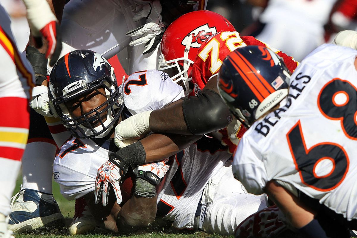 KANSAS CITY, MO - NOVEMBER 13:  Knowshon Moreno #27 of the Denver Broncos carries the ball during the game against the Kansas City Chiefs on November 13, 2011 at Arrowhead Stadium in Kansas City, Missouri.  (Photo by Jamie Squire/Getty Images)