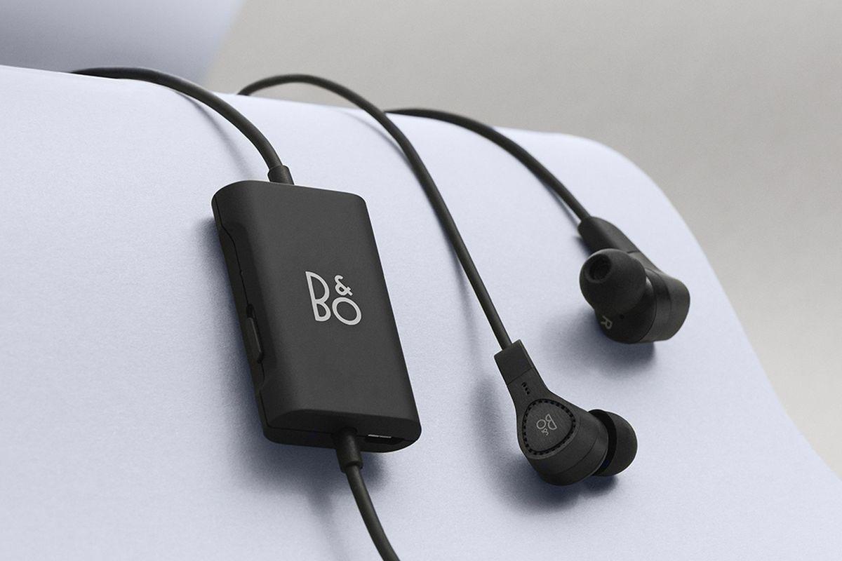 B&O Play Beoplay E4 earbuds