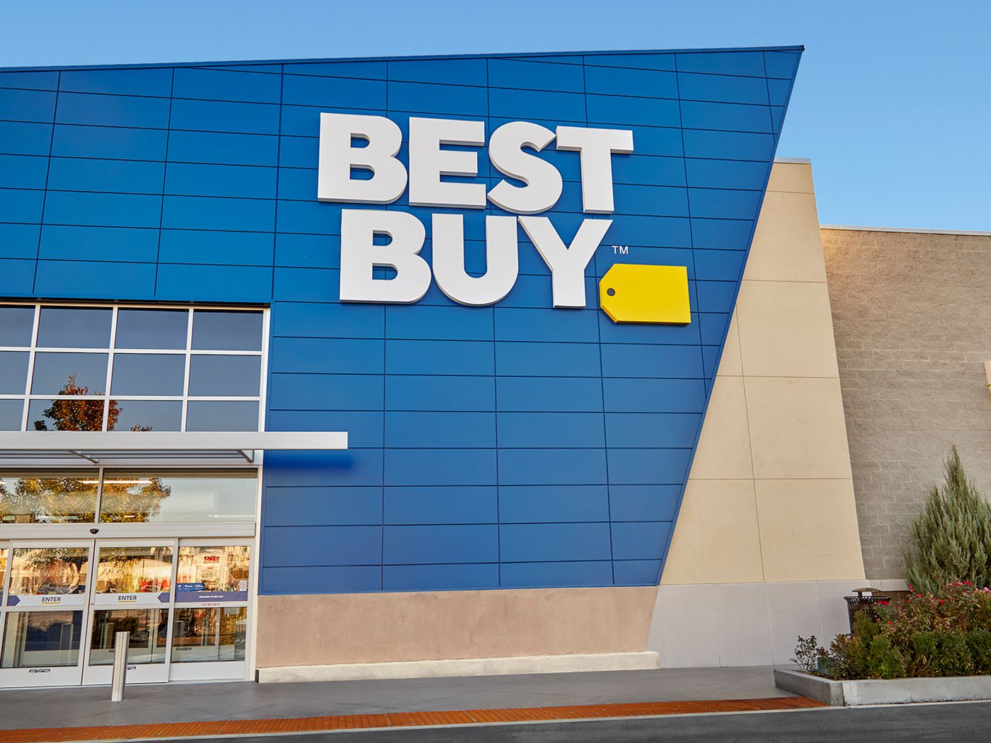 Best Buy Misreads Calendar Thinks Black Friday Starts Next Tuesday The Verge