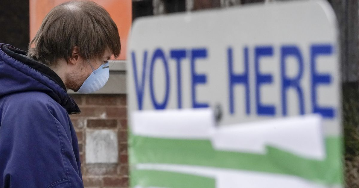 How dangerous are the polls in a pandemic?