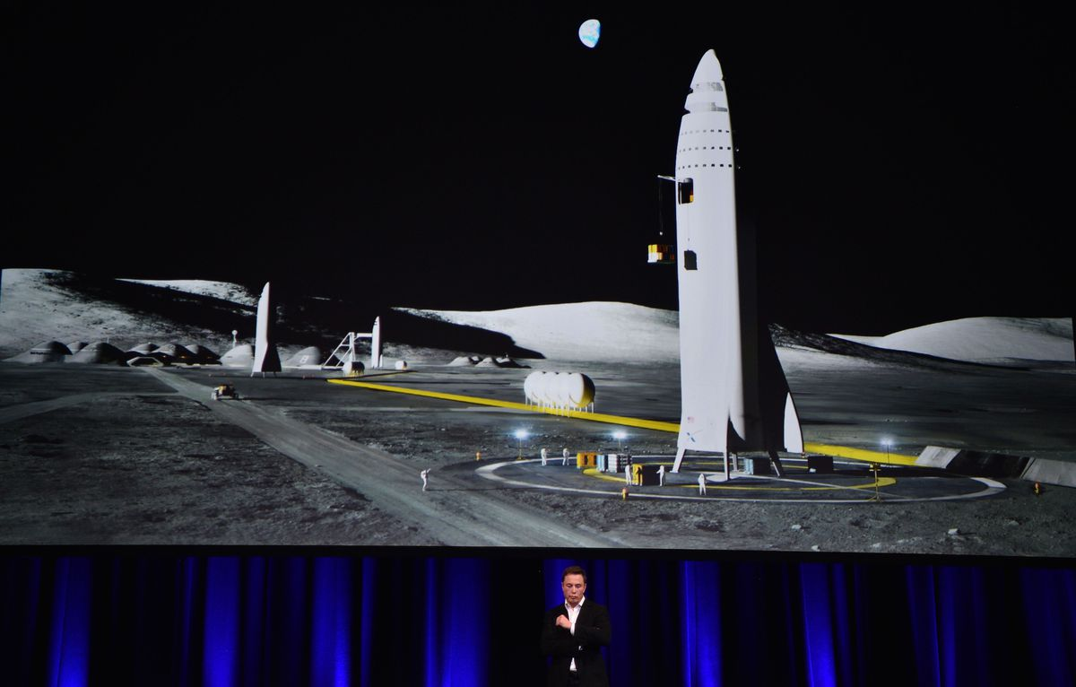 TOPSHOT-AUSTRALIA-US-SPACE-AEROSPACE-MARS-MUSK-SPACEX