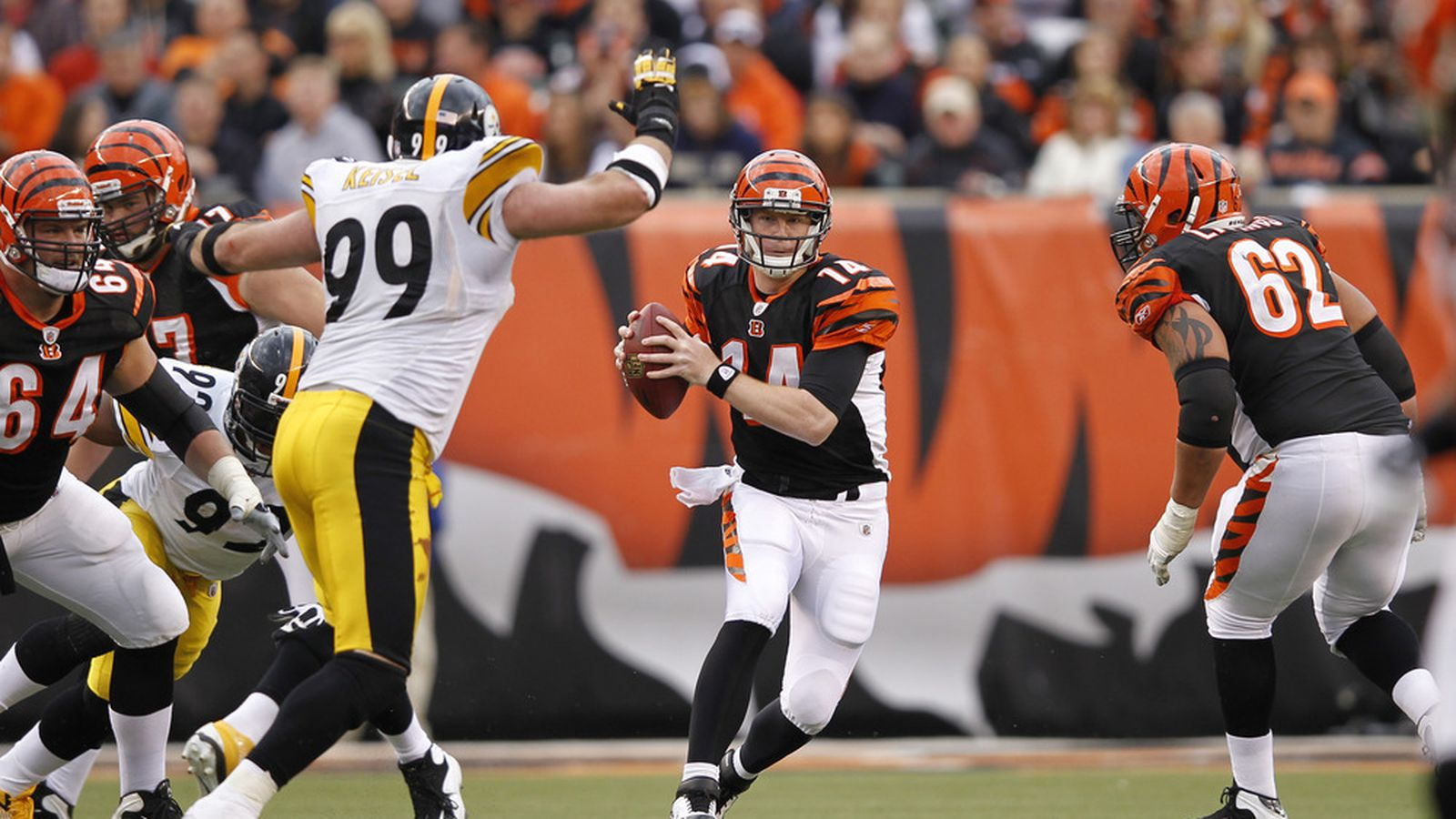 NFL Playoff standings 2013: Bengals clinch, NFC East up ...