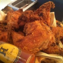 """<a href=""""http://eater.com/archives/2011/08/11/sean-brock-fried-chicken.php"""" rel=""""nofollow"""">Eater Interviews: Sean Brock on His Secret, 'Old-School, Old-Fashioned' Fried Chicken</a><br />"""