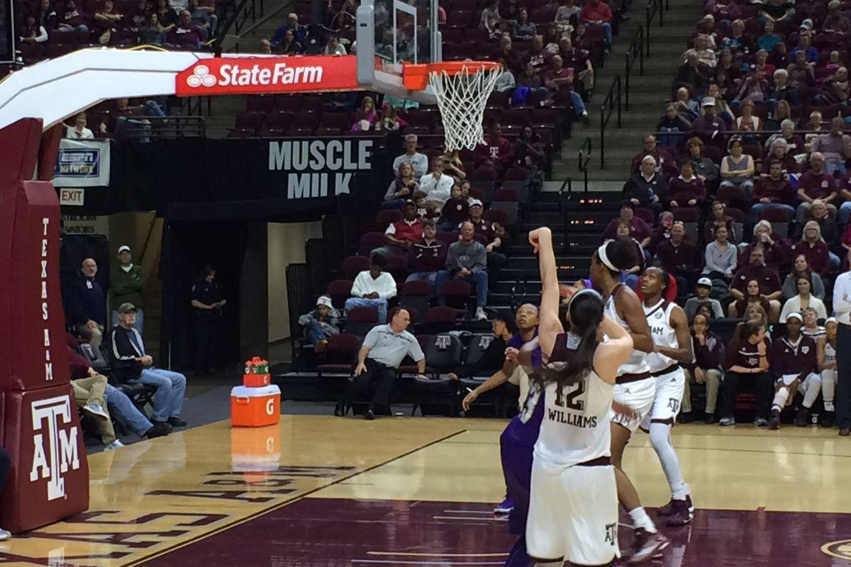 Danni WIlliams follows through on a shot in the second half vs Prairie View