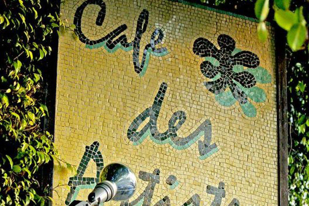 Outside Café Des Artistes.