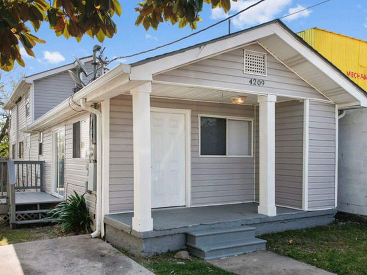 New orleans s least expensive homes on the market curbed for Least expensive house