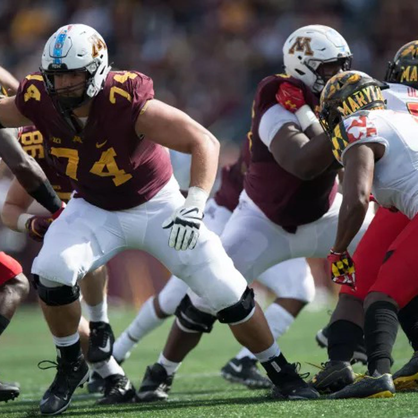 Former Gopher Nick Connelly dies at age 22 of Burkitt's