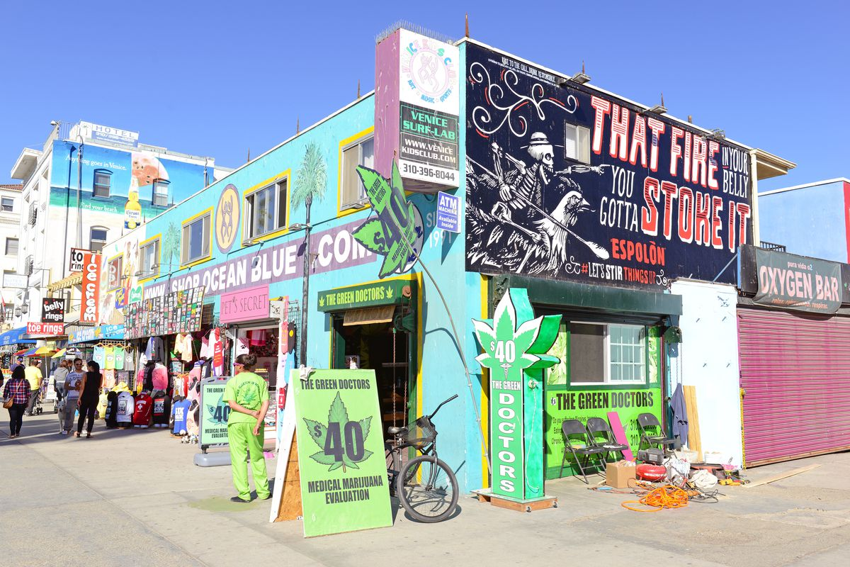 The Green Doctor S In Venice Beach Shutterstock
