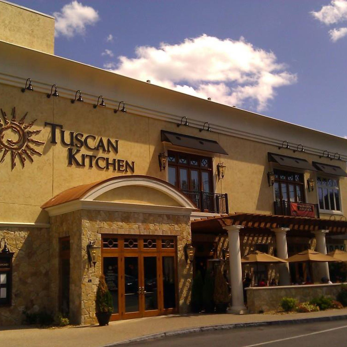 Tuscan Kitchen Opens In Portsmouth