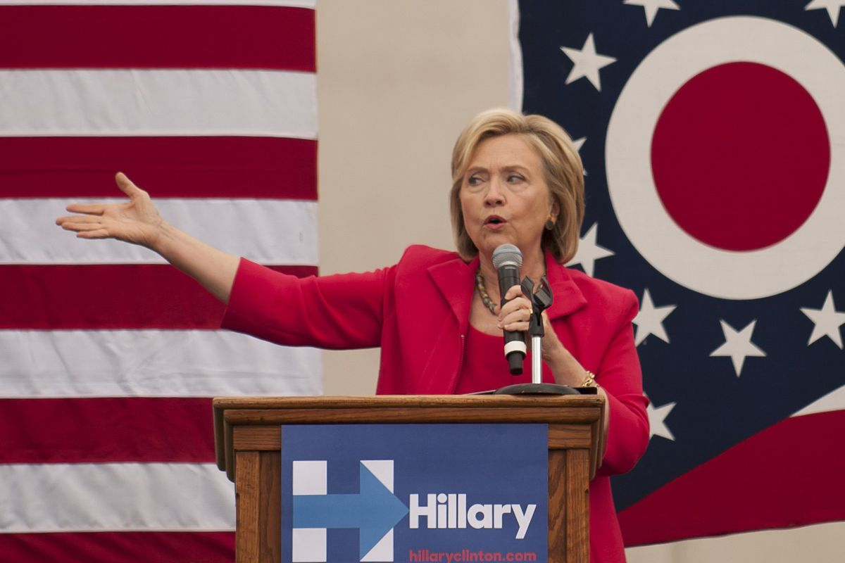 Democratic presidential candidate and former US Secretary of State Hillary Clinton speaks to guests gathered for a campaign meeting on the campus of Case Western Reserve University on August 27, 2015, in Cleveland, Ohio.