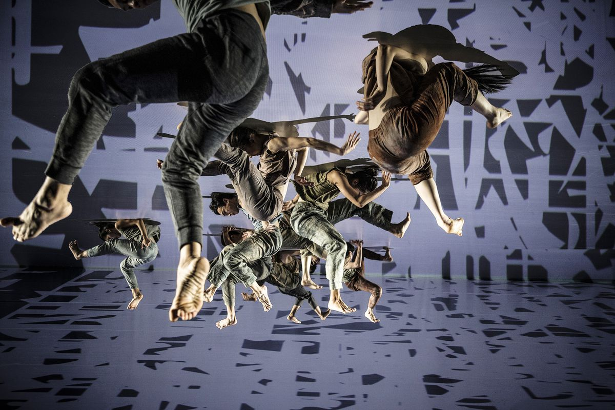 """""""Formosa,"""" performed by Cloud Gate Dance Theatre of Taiwan.   LIU Chen-hsiang"""