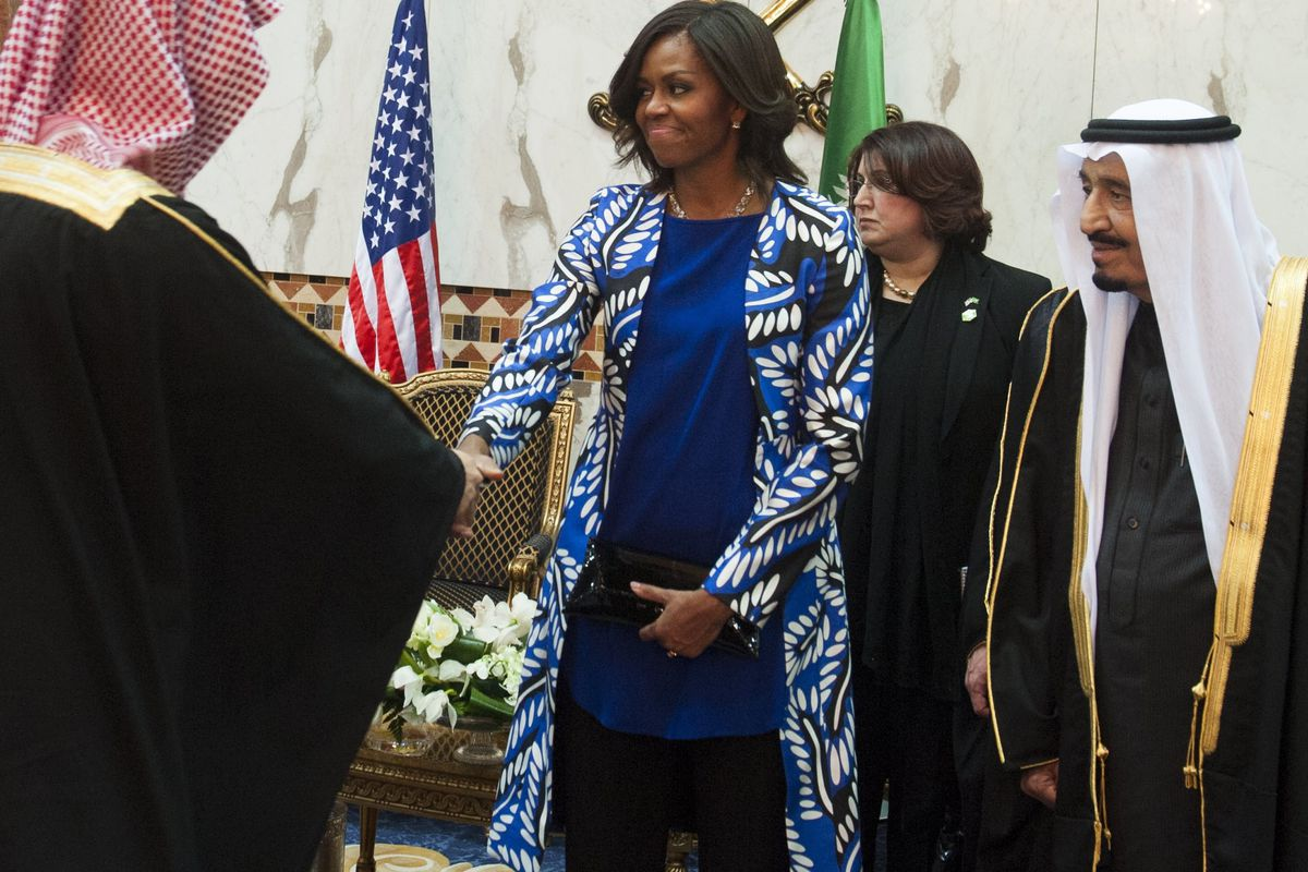 New Saudi King Salman, at right, with Michelle Obama at a ceremony in Saudi Arabia