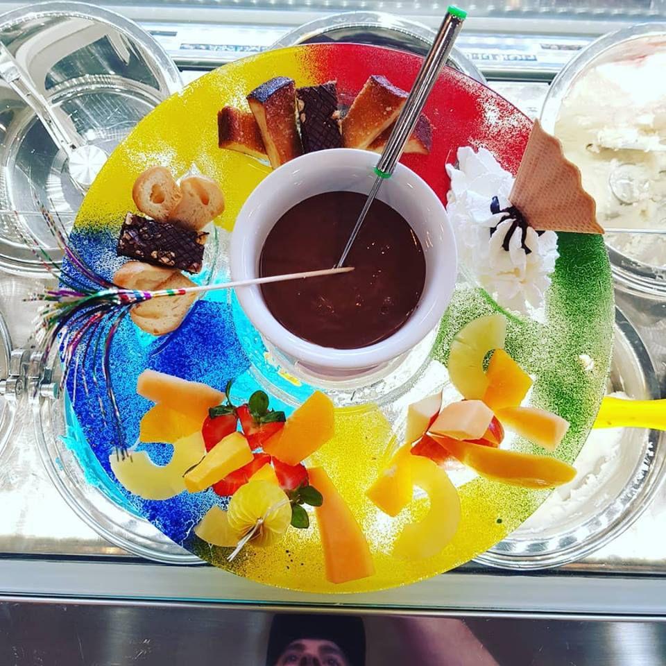 Solo Qui Gelato & Chocolate Bar fondue