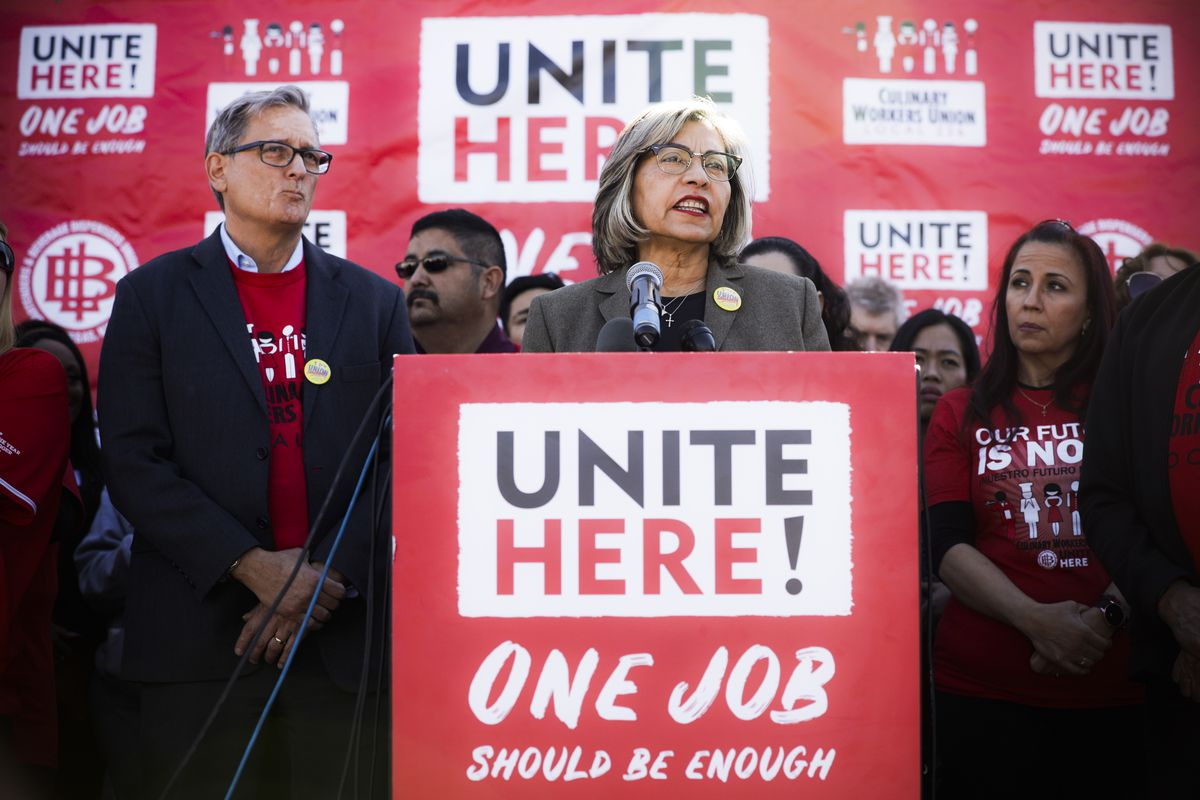 Culinary Union members seem to have broken from their leaders to back Sanders