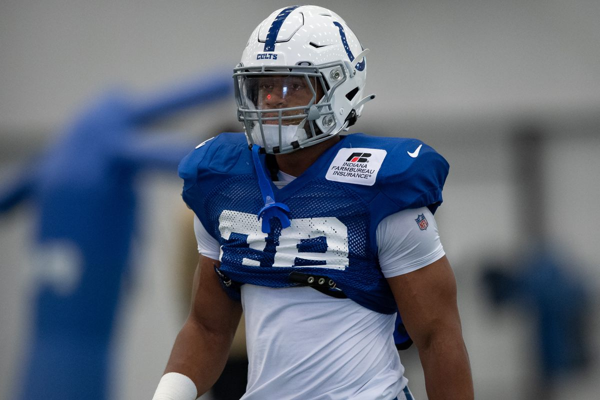 Indianapolis Colts running back Jonathan Taylor (28) runs through a drill during the Indianapolis Colts training camp practice on August 18, 2020 at the Indiana Farm Bureau Football Center in Indianapolis, IN.