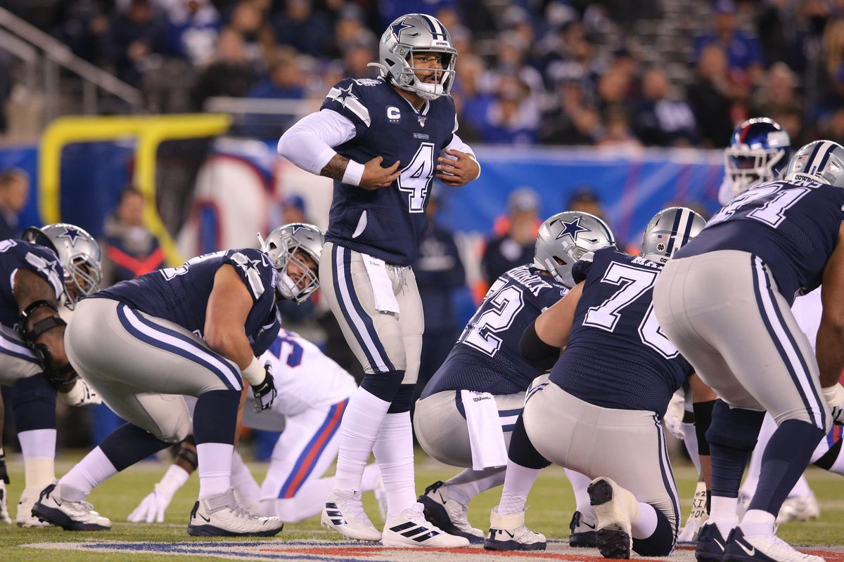 Dallas Cowboys quarterback Dak Prescott calls a play at the line against the New York Giants during the first quarter at MetLife Stadium.