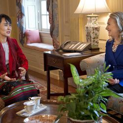Secretary of State Hillary Rodham Clinton, right, meets with Myanmar democracy leader Aung San Suu Kyi at the State Department on Tuesday, Sept. 18, 2012 in Washington.
